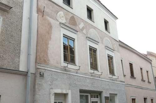 5% Rendite möglich - Historisches Stadthaus in Stein