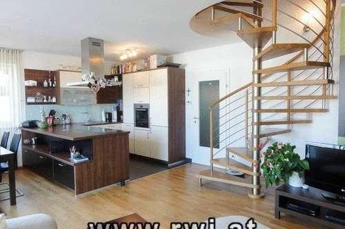 Eigentumswohnung auf 2 Ebenen,  105 m² Wohnfläche mit Eigengarten und Hochterrasse mit weiter Aussicht