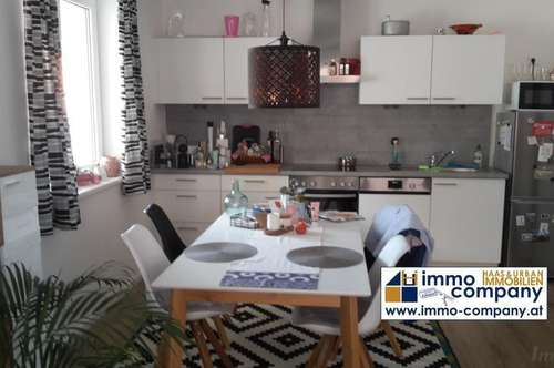 Radfeld: schöne 2-Zimmer-Wohnung mit Garten