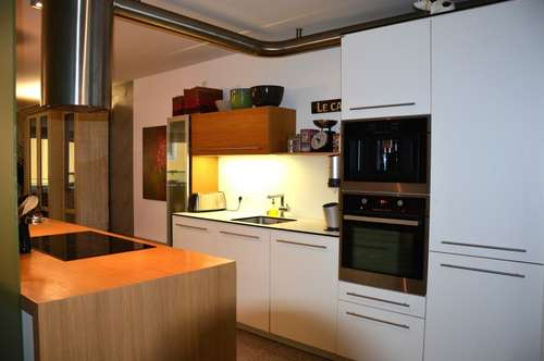 Top-Elegante 4 Zi. Mietwohnung in Zentrumslage von Mondsee mit großem Balkon und Lift ! ! !