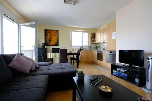 Provisionsfreie, helle, voll möblierte Wohnung in Top Lage zu vermieten! Inkl. Balkon & Tiefgarage