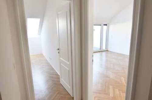 Jetzt zugreifen und ab ins Dachgeschoss! Perfekt aufgeteilt + hochwertige Sanierung + Loggia! Coming home...