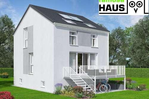 Ziegelmassives Einfamilienhaus, vollunterkellert mit Eigengrund am Waldrand neben dem Schlosspark.