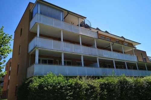Neuwertige 3-Zimmer Wohnung mit ca. 24m² großer West-Terrasse u. TG-Parkplatz in absolut ruhiger Lage - Graz/ Wetzelsdorf