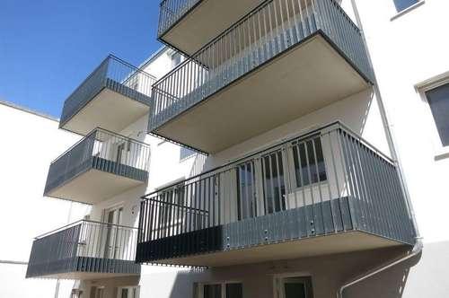 ERSTBEZUG - zentrale Ruhelage/Balkon