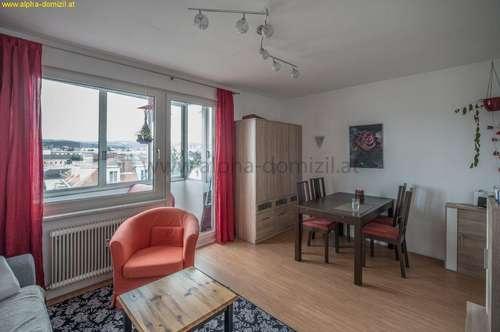 2 Zimmer, Loggia, Lift, Fernsicht