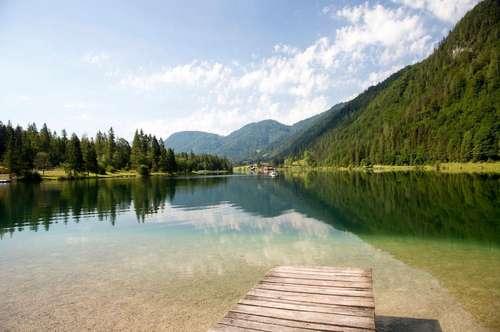 Wunderschönes Tiroler Landhaus mit großem Grundstück am Fuße der Loferer Steinberge