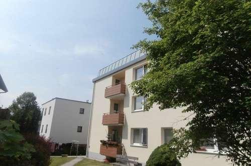 Wohlfühlerlebnis der besonderen Art für Familien! Sichere Grünlage mit Balkon in der ruhigen Vorstadt von Schärding!