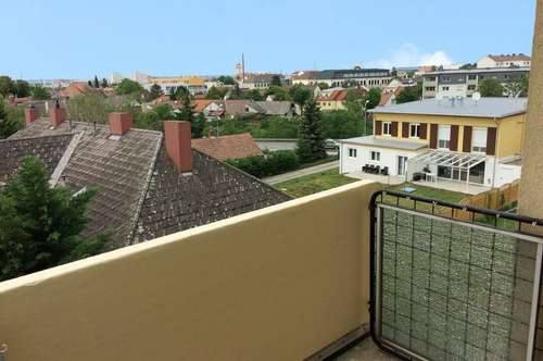 Sonnige Eigentumswohnung mit Balkon