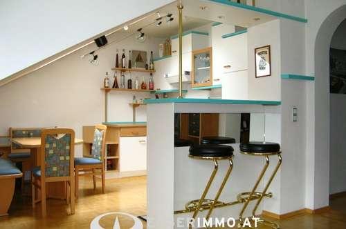 Zell am See: Dachgeschoßwohnung 67m² in optimaler Lage von Zell am See, Parkplatz, Lift, sehr zentral !