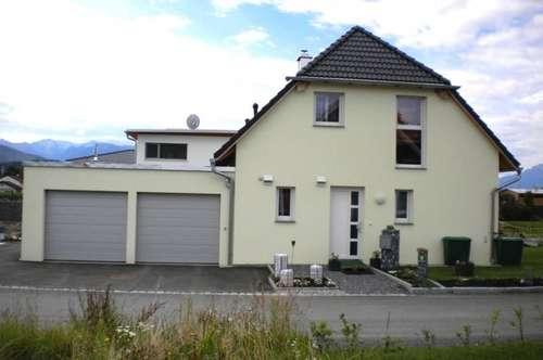 Lamprechtshausen: Town & Country, Ziegel-Massiv Haus, Raumwunder 114