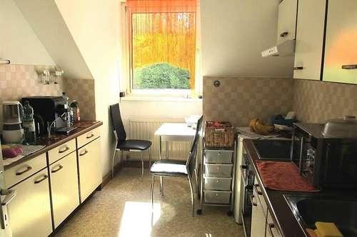 Sonnige und modern eingerichtete Wohnung mit 2 Schlafräumen