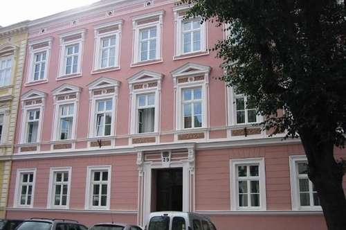 Altbauwohnung in Stadparknähe mit Gartenanteil, Nähe Donau-Uni