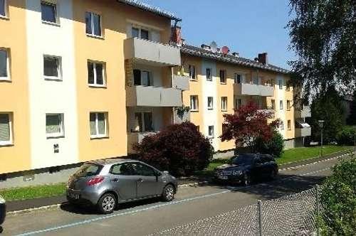 Naturnahes Wohnen in idyllischer Ruhelage! Praktisch geschnittene 3-Zimmer-Wohnung inkl. Balkon mit Blick ins Grüne, prov.frei
