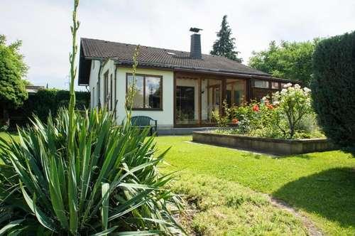 Open House am 30.6.: Schönes Grundstück mit erweiterbarem Bungalow in Ruhelage (Sackgasse)