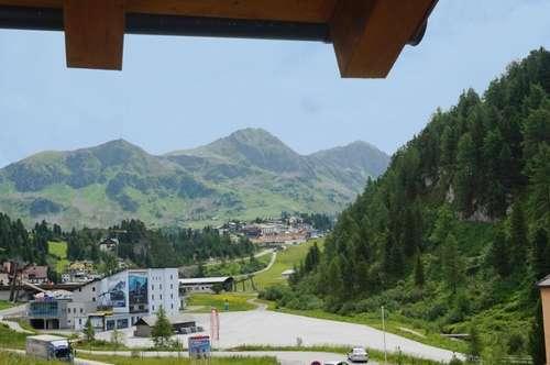 SCHNEE-SICHER-OBERTAUERN - nur 200 Meter vom Skilift entfernt! Attraktives Dachgeschoss-Domizil!