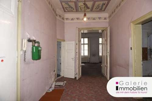 Geräumige 4-Zimmer Altbauwohnung - sanierungsbedürftig