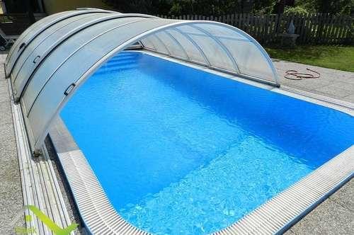 Faszinierende Haushälfte mit großen Garten und Pool in absoluter Ruhelage