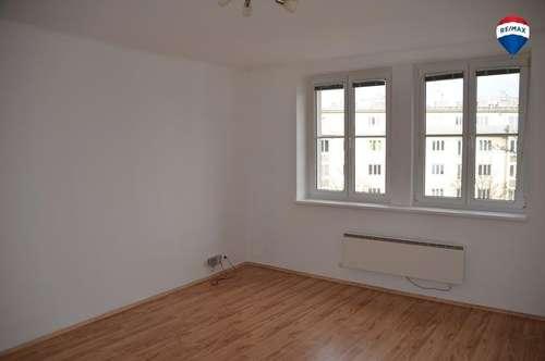 Helle 3-Zimmer-Wohnung am Bahnhofplatz