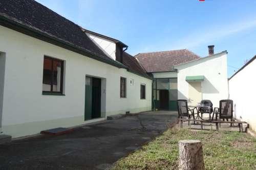 7061 Trausdorf sehr interessantes ca. 115m² Bauernhaus mit Div. Nebengebäuden, Keller auf 1100m² uneinsehbaren Grund in absoluter Ruhelage!