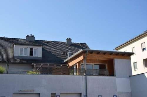 Großzügige Dachgeschosswohnung mit Terrasse im Zentrum!