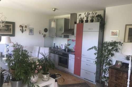 Romantische Erdgeschosswohnung (2-Zimmer) mit Terrasse und Eigengarten! GartenTraum in Liebenau!