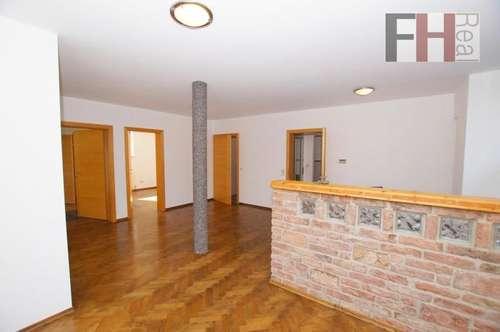 Schöne Wohnung in Einfamilienhaus im Erdgeschoss, ca. 73m², große Terrasse, sehr gute Lage!
