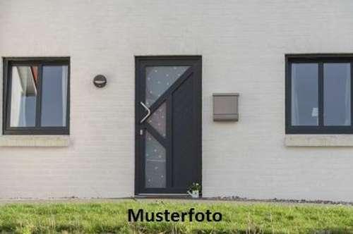 + Einfamilienhaus +