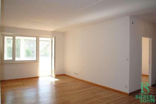 Top 2-Zimmer-West-Loggia-Wohnung mit KFZ-Abstellplatz am RBR!