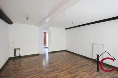 Reizendes, komplett renoviertes kleines Geschäftslokal bzw. Büro