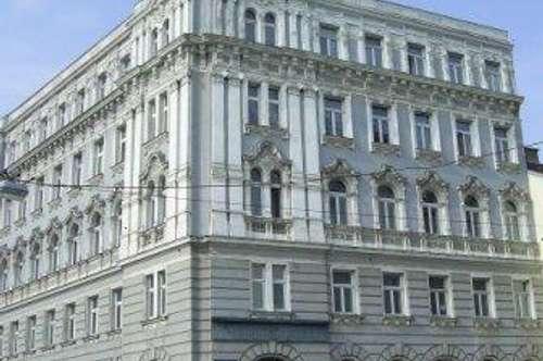 Esterhazygasse / Wienzeile, nächst U4, Naschmarktnähe, 75m² Altbaumiete, 3. Stock, WG - Eignung!