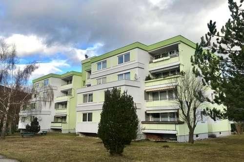 Gemütliche Eigentumswohnung mit Balkon in Grün / Ruhelage