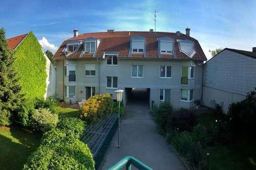 Helle 2-Zimmer-Wohnung mit Balkon in Ruhelage