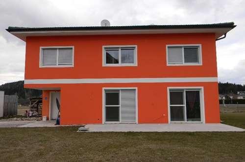 Neuwertiges größeres Ein-Mehrfamilienhaus nähe Faakersee