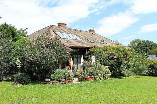 Große DG-Wohnung in Eichgraben mit Garten - all.inkl. 6 €/m²