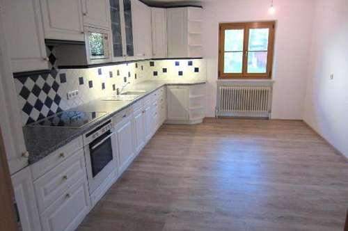 Schöne und ruhige 4 Zimmer Terrassen Wohnung