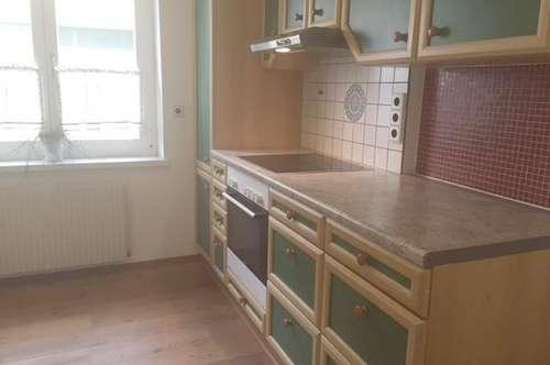 Nette 3-Zimmer-Mietwohnung in Bruck/L., BIT Immobilien