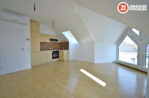 Schöne 2 ZI-Wohnung mit Küche und Klimaanlage in Perg-Zentrum