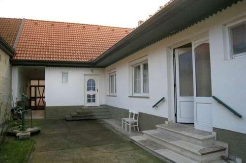 WH47/17 * Netter Streckhof