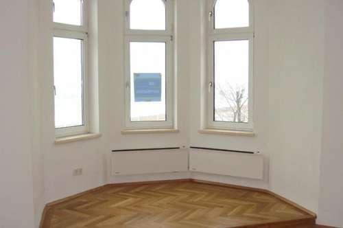 PREISWERT: 3-Zimmer Altbauwohnung mit Terrasse in Klosterneuburg