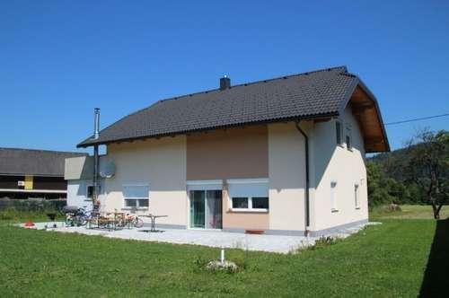 """Neuwertiges Einfamilienhaus mit """"Dachterrassen-Pool"""""""