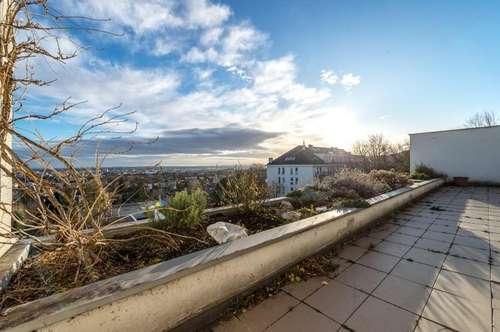 Weitblick in Mödling: Sanierungsbedürftige Terrassenwohnung bei der Goldenen Stiege