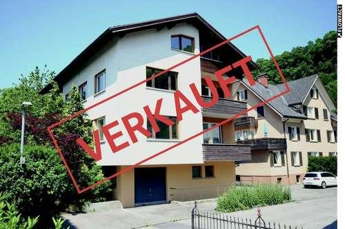 Großzügige 4 Zimmerwohnung auf ca. 107 m² zum Selbstausbau