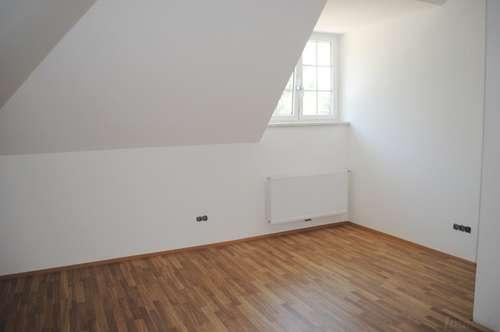 Stilvolle Mietwohnung (52m²) in einer Altbau-Villa in Fürstenfeld!