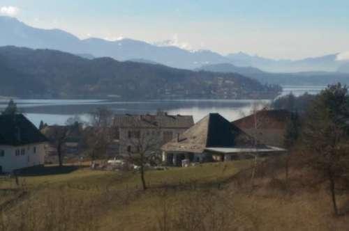 Wohnhaus in Pörtschach - herrliche Sicht über den ganzen See - unweit zum Zentrum -