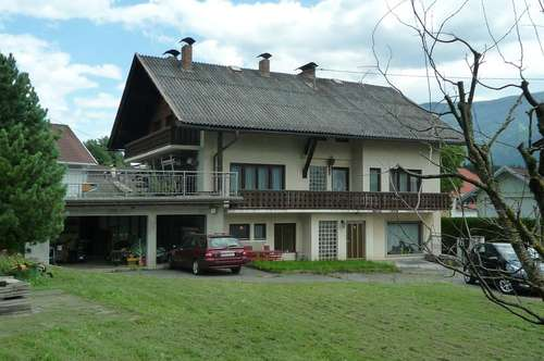 Sie suchen ein Haus für Ihre Großfamilie in ruhiger und sonniger Lage ? Dies Haus wartet auf Sie