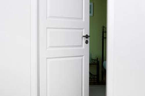 + 1-Zimmer-Wohnung mit Loggia +