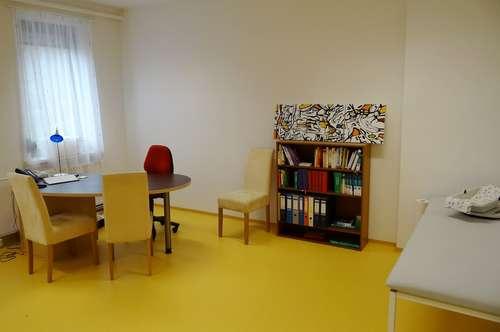 Praxisräume zur Einmietung für interdisziplinäre Gemeinschaftspraxis auf einem ehemaligen Klostergut