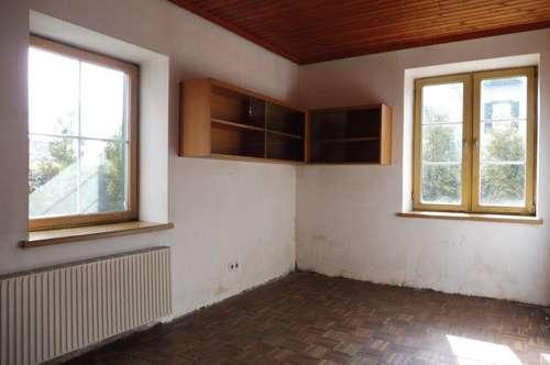 3-Zimmer-Altbauwohnung in Weizer Bestlage