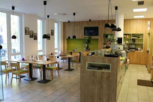 WELS - neuwertige Gastronomie im Multifunktionszentrum mit Vollausstattung und 100m² Gastgarten